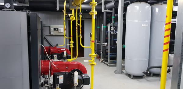 Монтаж внутренних систем отопления